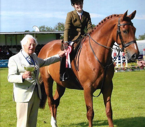 LVS Jackpot Working Hunter winner at Kent County Show 2019